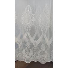 Тюль на бамбуке с объемной вышивкой по низу (белая; кремовая)